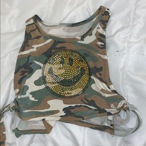 Camo crop over shirt with smiley face